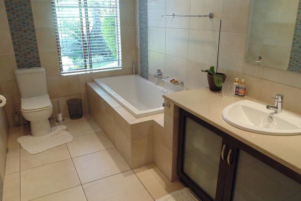 bathroom-kitchen-pics-34A5E2A7C-E8D4-C77C-E599-BCE39F9A69EB.jpg